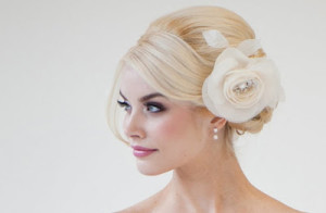 wedding-hairstyle-side-chignon